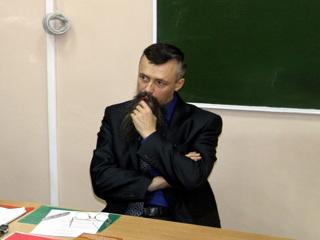 Не имеем права: Песков не стал оценивать поступок Сыромятникова