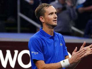 Даниил Медведев не смог пробиться в четвертьфинал турнира в Индиан-Уэллсе