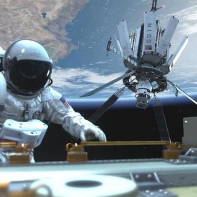 Российские космонавты во время выхода в открытый космос запустили два наноспутника
