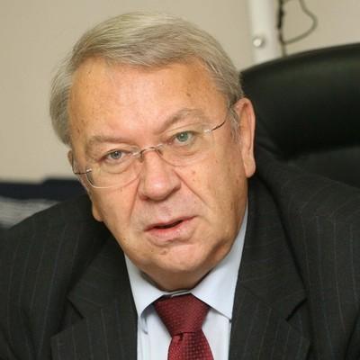 Ушел из жизни бывший президент РАН Владимир Фортов