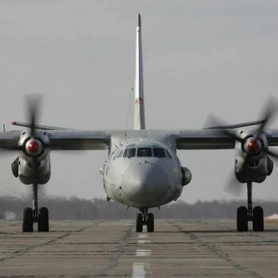На место крушения Ан-26 в Саратовской области прибыла комиссия Минобороны