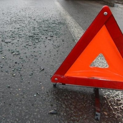 Два автомобиля столкнулись на встрече автолюбителей под Лондоном