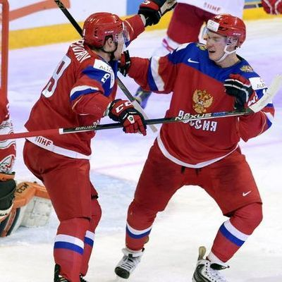 Сборная России по хоккею победила команду Швеции в матче первого этапа Евротура