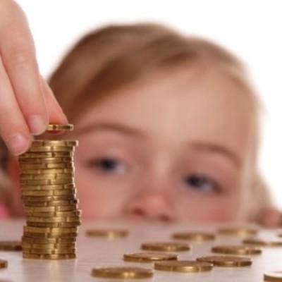 Почти 800 тысяч рублей алиментов задолжал своему ребенку житель Курска