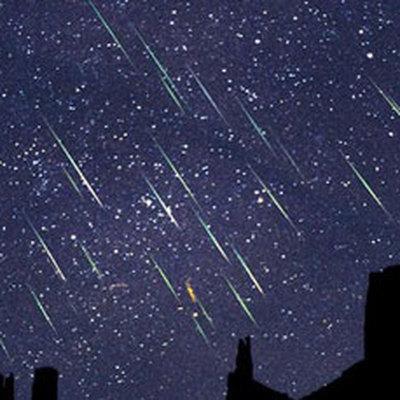 Россияне смогут наблюдать метеорный поток Персеиды