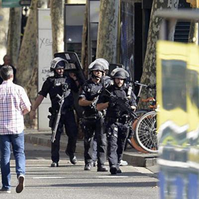 7-летний Джулиан Кадман из Австралии пропал после теракта в Барселоне