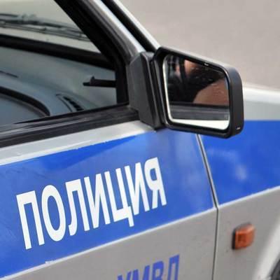 Четверо неизвестных с топорами напали на такси на юго-востоке Москвы