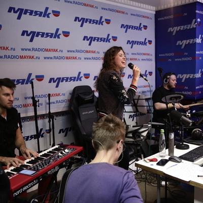 Живой концерт у Сергея Стиллавина и его друзей. Группа Yuppies. 6