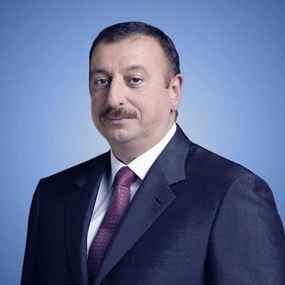 Алиев заявил об успехе контрнаступательной операции на линии соприкосновения в Карабахе