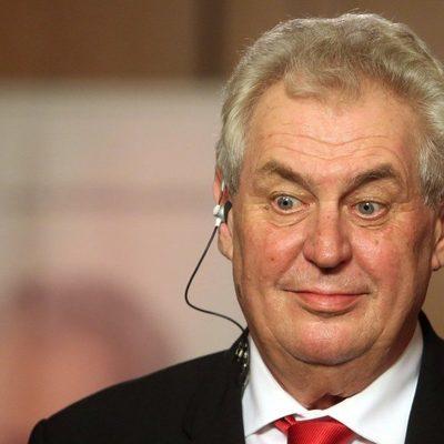 Действующий глава Чехии Милош Земан после предварительного подсчета выиграл первый тур президентских выборов