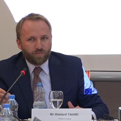 Участие Белграда в расследовании убийства лидера косовских сербов Оливера Ивановича неприемлемо