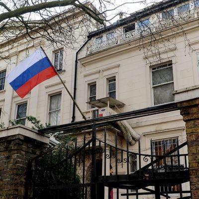 Посольство России в Лондоне предупредило об уличном насилии в городе