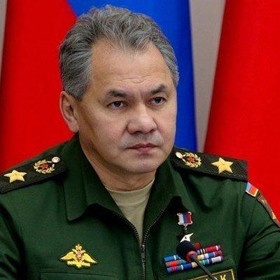Российских военнослужащих и ветеранов поздравил Сергей Шойгу