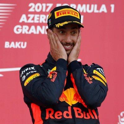 Даниэль Риккардо показал лучшее время свободных заездов шестого этапа чемпионата