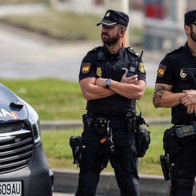 Полиция применила силу против манифестантов в порту Барселоны