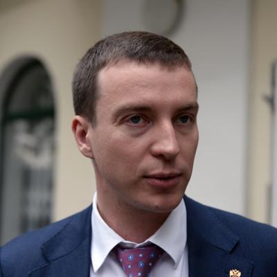 Мельников попросил Москалькову разобраться с нарушением прав женщин, содержащихся под стражей