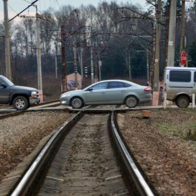 Спасатели восстановили движение поездов в Сочи
