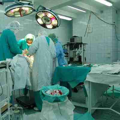 Британские врачи прооперировали позвоночник ещё не родившегося ребёнка