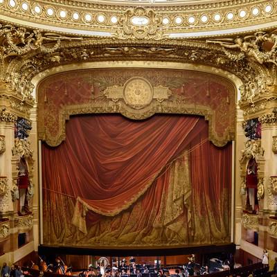 Мы очень любим оперу