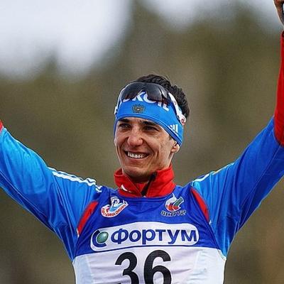 Россиянин Евгений Белов завоевал золотую медаль в Кубке мира по лыжным гонкам