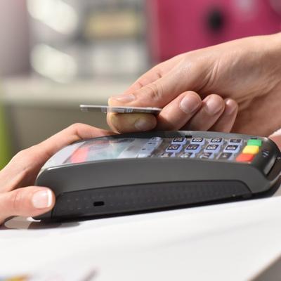 О новом способе кражи денег с карт сообщили банки