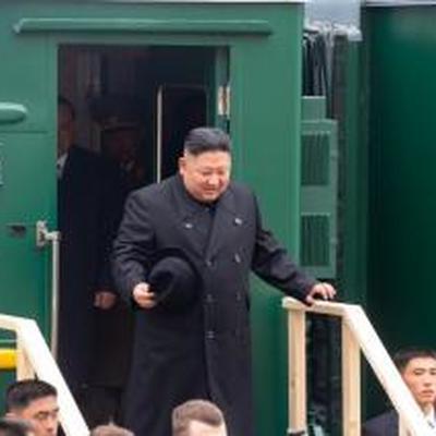 Ким Чен Ын прибыл во Владивосток