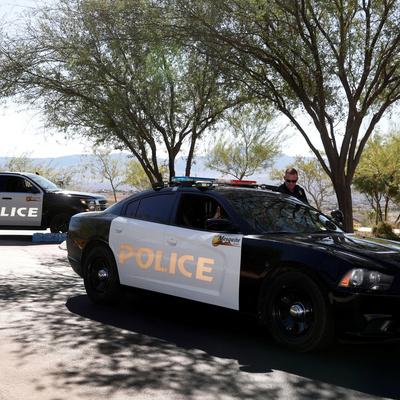 Неизвестный открыл стрельбу в школе в американском городе Санта-Кларита