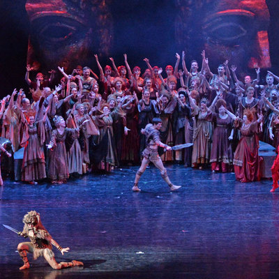 Минкультуры в конце лета согласует с Роспотребнадзором варианты рассадки в театрах