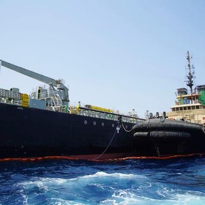 Задержанное Ираном судно шло под британским флагом