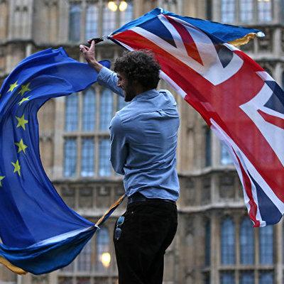 Евросоюз намерен прибегнуть к санкциям против Британии при нарушении сделки по Brexit