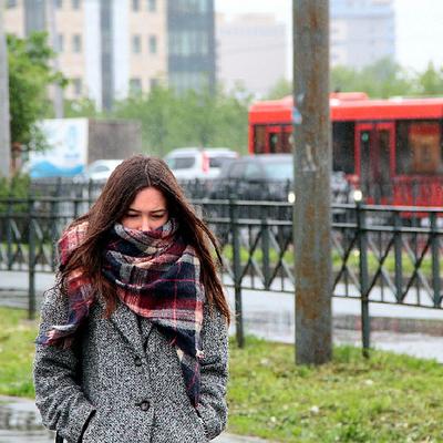Продажи осенней одежды в России выросли из-за холодного лета
