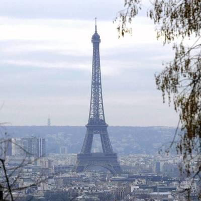 Ношение масок в оживленных районах Парижа станет со следующей недели обязательным