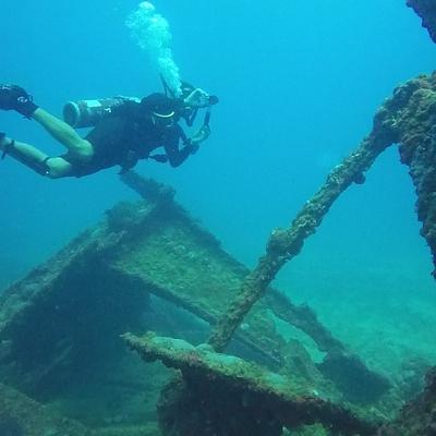 Крымские спасатели вернулись к разминированию затонувшего в годы войны судна
