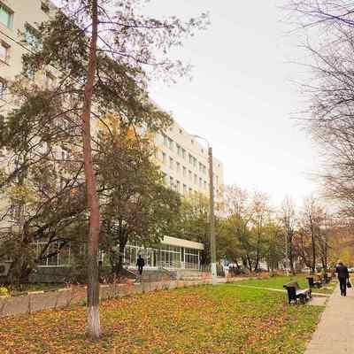 В 51-й больнице в Москве родственники не смогли попасть к пациентке в реанимацию