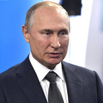 Путин посетит 15 октября с государственным визитом ОАЭ