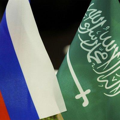 Путин и наследный принц Саудовской Аравии обменялись в телефонном разговоре мнениями о ситуации на мировом рынке энергоносителей
