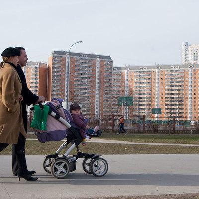 Почти половина россиян в возрасте от 18 до 45 лет не намерены заводить детей