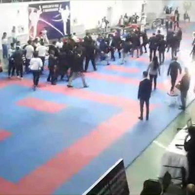 Турнир по карате в Ташкенте завершился массовой дракой