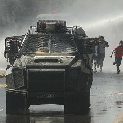 Число погибших во время беспорядков в Чили возросло до 13 человек