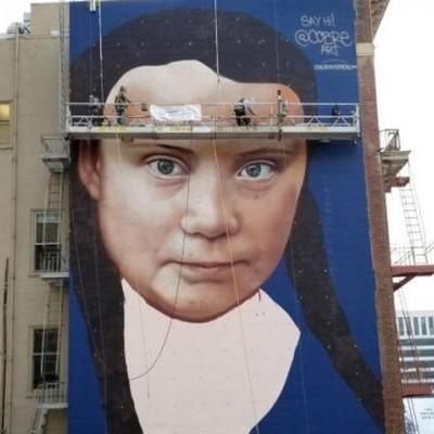 В Сан-Франциско появился гигантский портрет Греты Тунберг