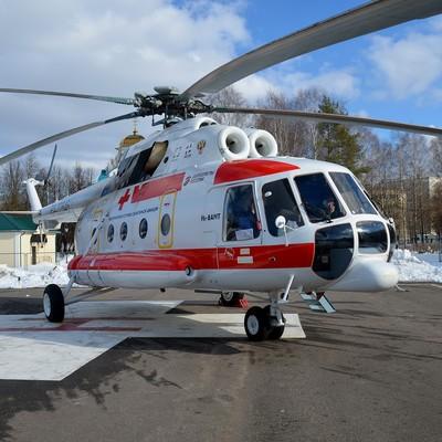Медведевпотребовал ускорить строительство площадок для санавиации в регионах