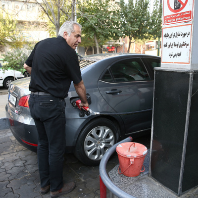 Гражданам Ирана, пострадавшим от повышения цен на топливо, будет выделена материальная помощь
