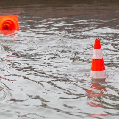 С улиц Абакана за сутки откачали более полутора тысяч кубометров воды