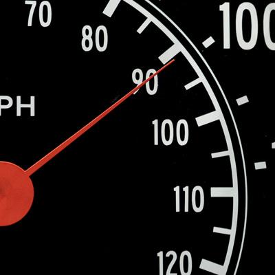 Правительство обсуждает снижение нештрафуемого порога превышения скорости