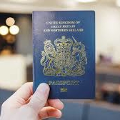 Британский паспорт сменит цвет
