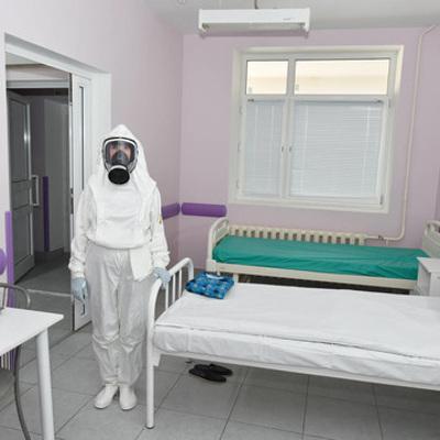 За неделю в Петербурге число госпитализаций с коронавирусом снизилось на 5%