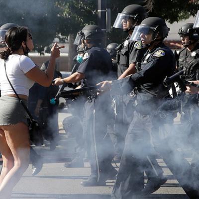 В Портленде – новые столкновения полиции с защитниками прав темнокожих