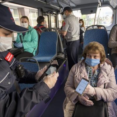 В Московском транспорте запустят кампанию по этикету в условиях пандемии