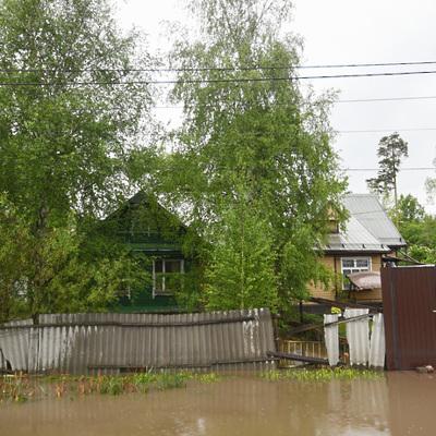 В Иркутске эвакуированы жители из подтопленных частных домов
