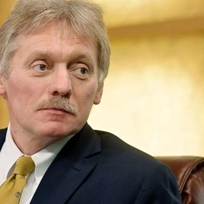 Песков назвал голословными обвинения Лондона о вмешательстве России в выборы в Великобритании в декабре 2019 года